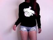 white sweater,black sweater,sweater