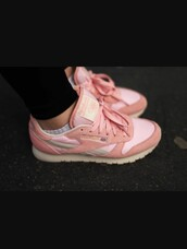 shoes,Reebok,reebok classic,reebok classic leather,pastel pink,pastel sneakers,pink shoes,pink