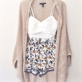 shorts white white crop tops high waisted shorts floral cardigan sweater blouse jacket pants daisy spring outfits dress