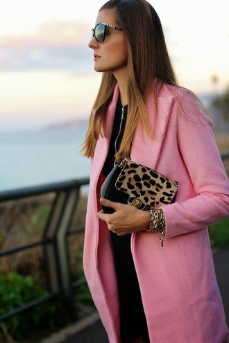 leopard print blogger marilyn's closet blog sunglasses clutch coat