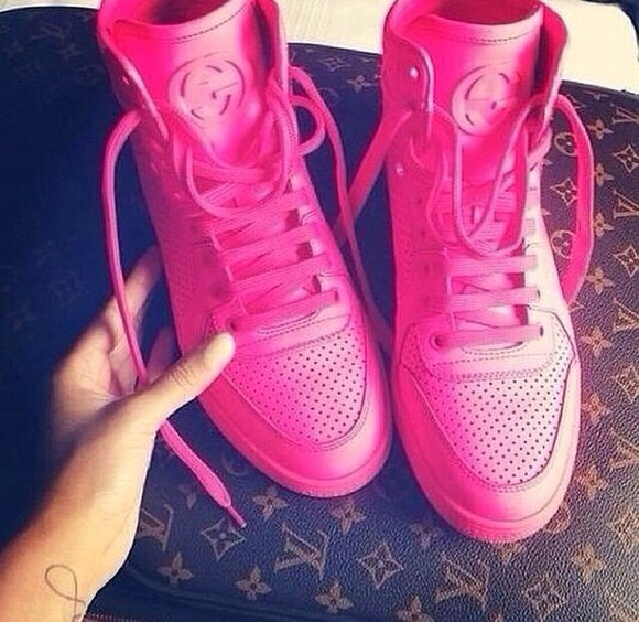pink shoes gucci sneaker