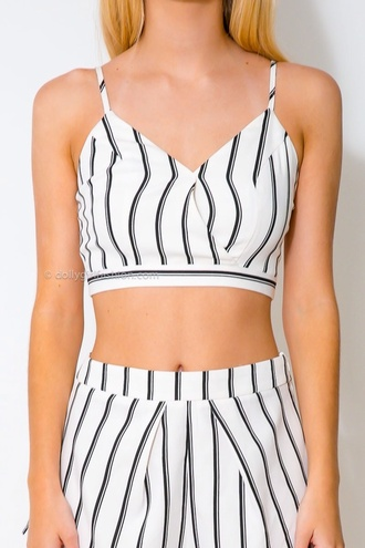 top t-shirt style shorts crop tops two-piece