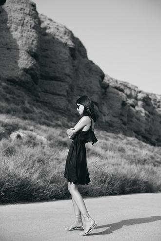 lucitisima blogger black dress flat sandals