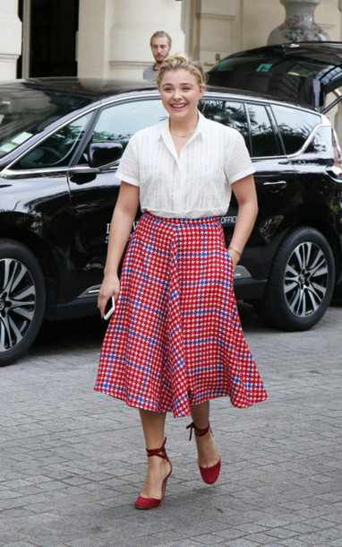 skirt midi skirt blouse shirt chloe grace moretz pumps plaid