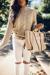 sweater,tumblr,cable knit,nude,nude sweater,knit,knitwear,knitted sweater,denim,jeans,white jeans,bag,nude bag,chanel