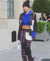 hoodie,blue hoodie,handbag,white handbag,beanie,black beanie,sweater,bag,hat