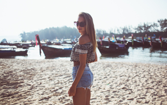 kenza blogger top sunglasses shorts beach summer outfits denim shorts off the shoulder summer top