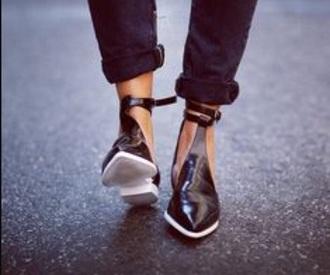 shoes black white shiny strap wang