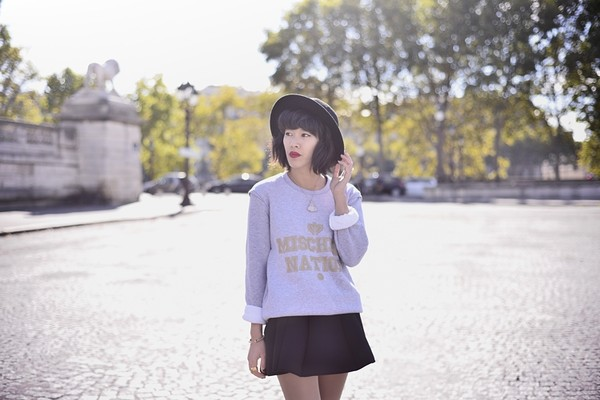 sweater grey gold warm fall outfits fall outfits winter outfits cozy street urban urban MINTFIELDS oversized sweater sweatshirt streetstyle