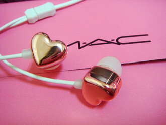 heart technology earphones valentines day valentines day gift idea jewels