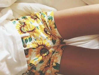 shorts sunflower white green yellow ebonylace.storenvy ebonylace-streetfashion tumblr flowers sunflower shorts high waisted shorts shirt cute fashion high waisted clothes flowered shorts print white and yellow pattern printed shorts summer romper summer outfits yellow shorts