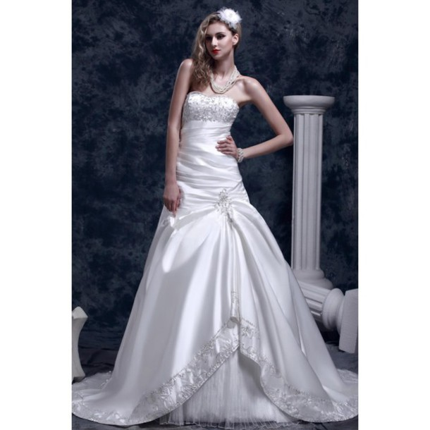 on sale 52d2b b1a95 Find Out Where To Get The Dress