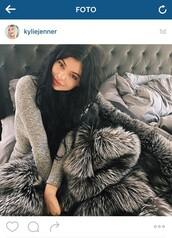 sweater,kylie jenner,home accessory,fur blanket,kardashians,home decor,luxury,grey fur,faux fur blankets,faux doc,blanket,fur,grey,instagram,pajamas,tracksuit,fashion,grey jumpsuit