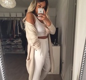 cardigan,coat,top,beige cardigan,beige,pants,crop tops,light,jeans,outfit,love,style,shoes,white,white pants,jacket,sweater,nude,comfy,beige jacket,long
