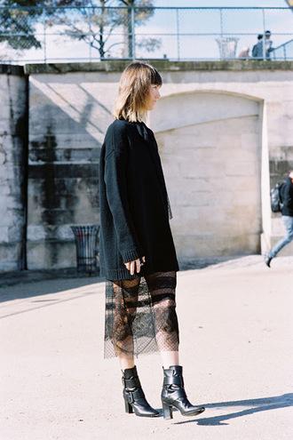 vanessa jackman blogger dress lace dress black dress valentino oversized sweater black sweater black boots black lace dress all black everything