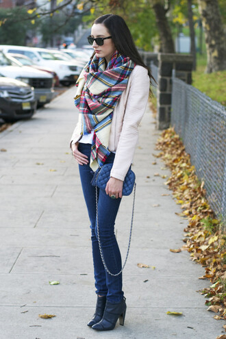 the glam files blogger scarf jacket t-shirt jewels jeans tartan shoes bag