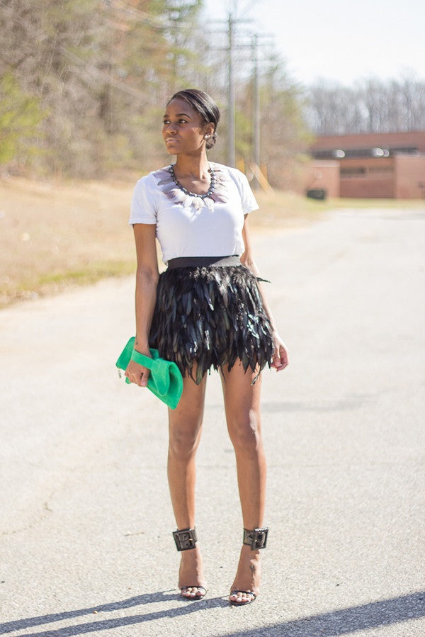 the daileigh skirt t-shirt jewels bag shoes