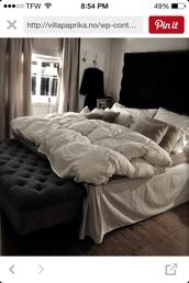 home accessory,white comforter,bedding,tumblr bedroom,bedroom,white,fluffy,blankets,cozy,home decor,neutral