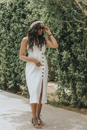 dress,white dress,buttons dress,shoes,head scarf
