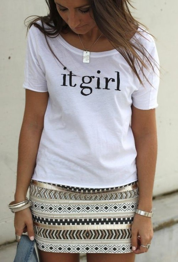 shirt white it girl short sleeve skirt jewels necklace rectangle silver t-shirt