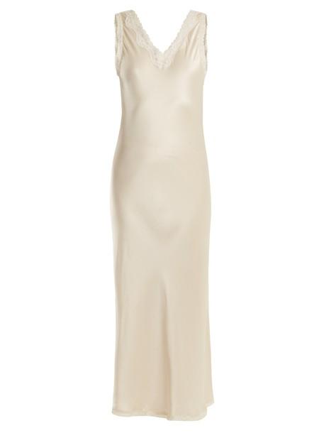 MORPHO + LUNA long silk cream underwear