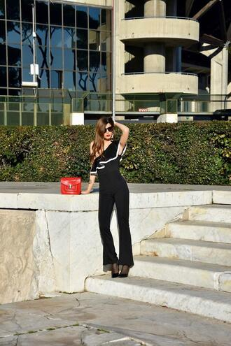 cosamimetto blogger jumpsuit bag shoes sunglasses black jumpsuit one shoulder red bag