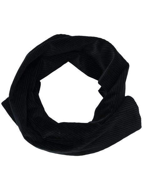 scarf black
