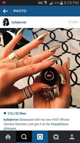 nail polish gold metallic nails naildesign nailart nailpolish colorful nailcolor goldnails