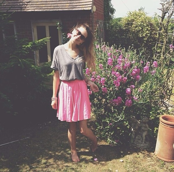skirt zoe zoella pink cute pink skirt american apparel