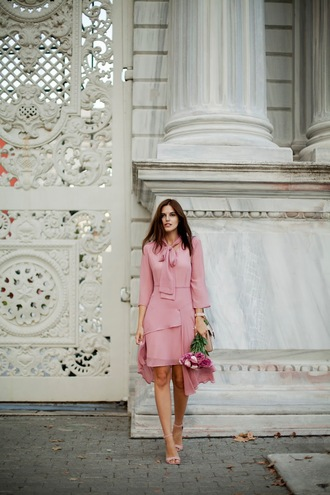 the bow-tie blogger dress shoes bag pink dress sandals high heel sandals fall outfits