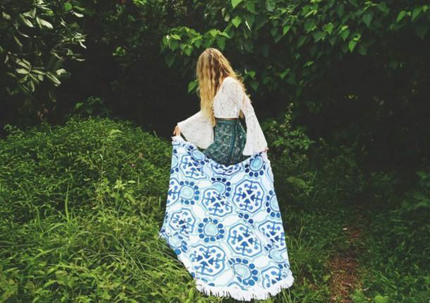 top boho top bohemian top bohemian boho hippie hippie crop tops lace top lace crop green skirt boho skirt midi skirt skirt bohemian skirt towel round towel blue towel blue circle towel