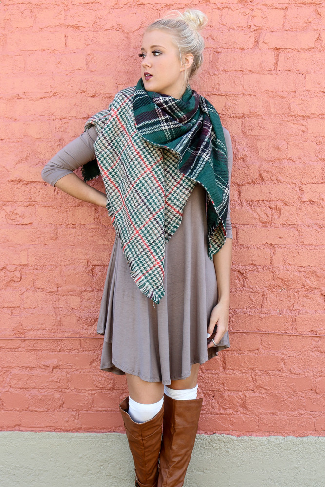 f0af069739c Study Abroad Green Reversible Plaid & Houndstooth Blanket Scarf – Amazing  Lace
