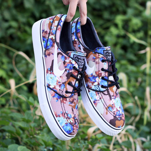 sea of shoes shoes nike janoski stefan janoski floral