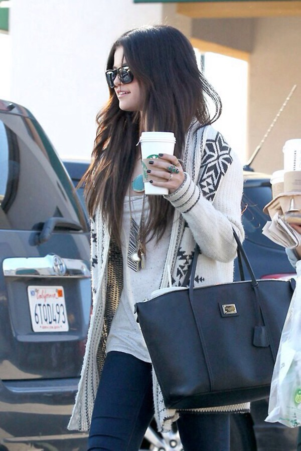 jewels selena gomez cardigan top belt bag t-shirt