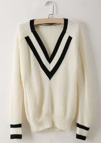 Neck long sleeve contrast striped trim sweater
