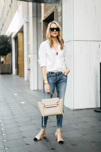 fashionjackson blogger shirt jeans shoes bag sunglasses jewels white shirt handbag pumps