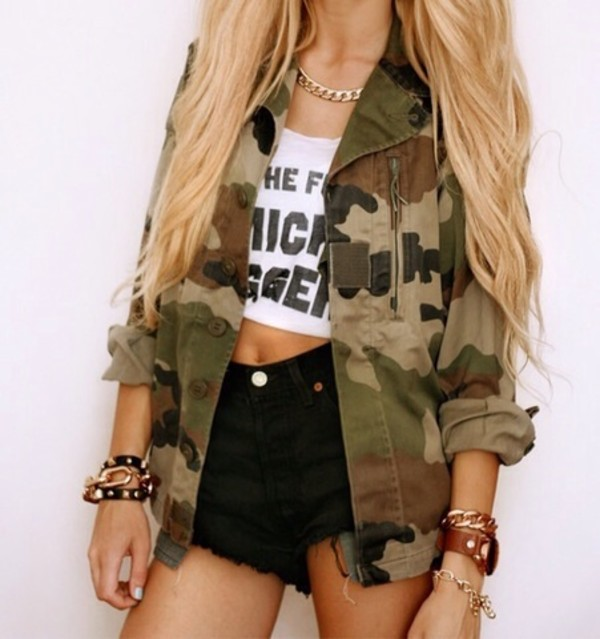 jacket camo jacket shorts black high coat jewels shirt white crop tops writing black fashion top camouflage military style army green jacket green blonde hair legs long pretty tan camouflage army green jacket shoes blouse hat skirt
