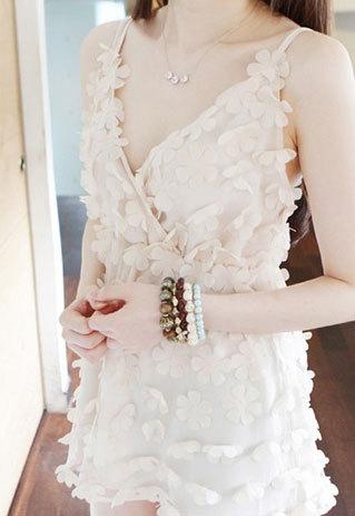 shopbazar shopping mall — [grzxy6601616]Sweet 3D Flower V Neck Mesh Slip Dress Sundress