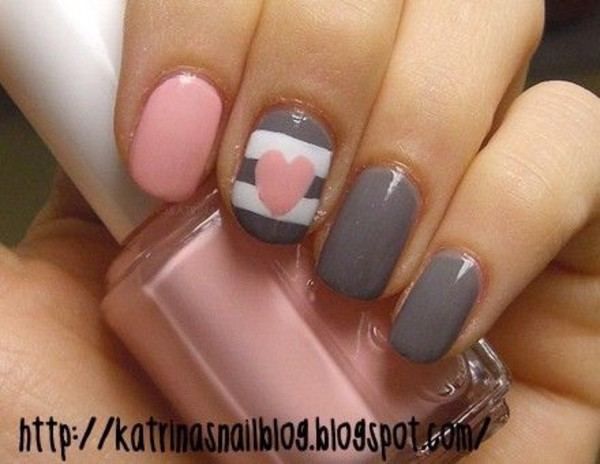 nail polish pink grey nails
