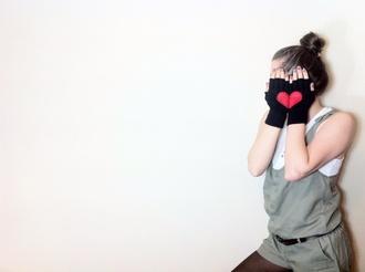 hat gloves heart gloves fingerless gloves