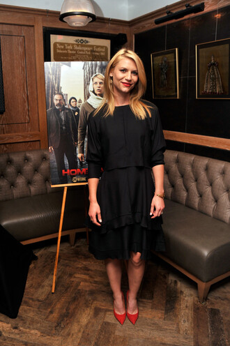 dress claire danes black shoes red high heels
