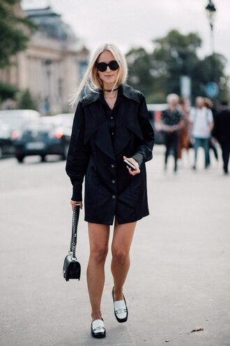 the fashion guitar blogger dress shoes bag sunglasses loafers flats fall outfits black bag chanel bag
