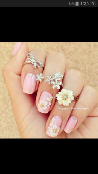 jewels nail accessories ring nails flowers cute girly pink pink nails nail polish and rings diamonds flower ring charming pretty pretty nails style nail color colorful nail polish nail stickers accessories accessory