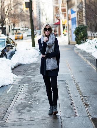 yael steren blogger cardigan jeans shoes scarf sunglasses jewels make-up