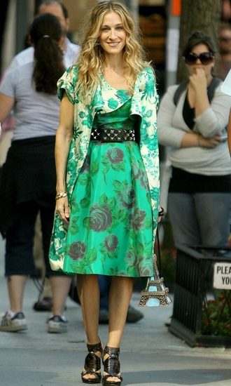 dress carrie bradshaw