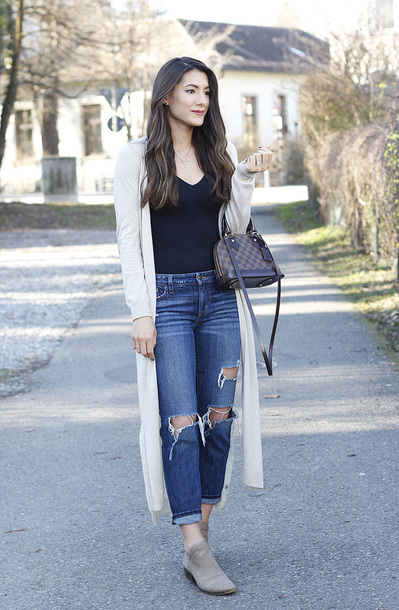 seekingsunshine blogger jeans shoes jewels bag louis vuitton bag long cardigan spring outfits ankle boots