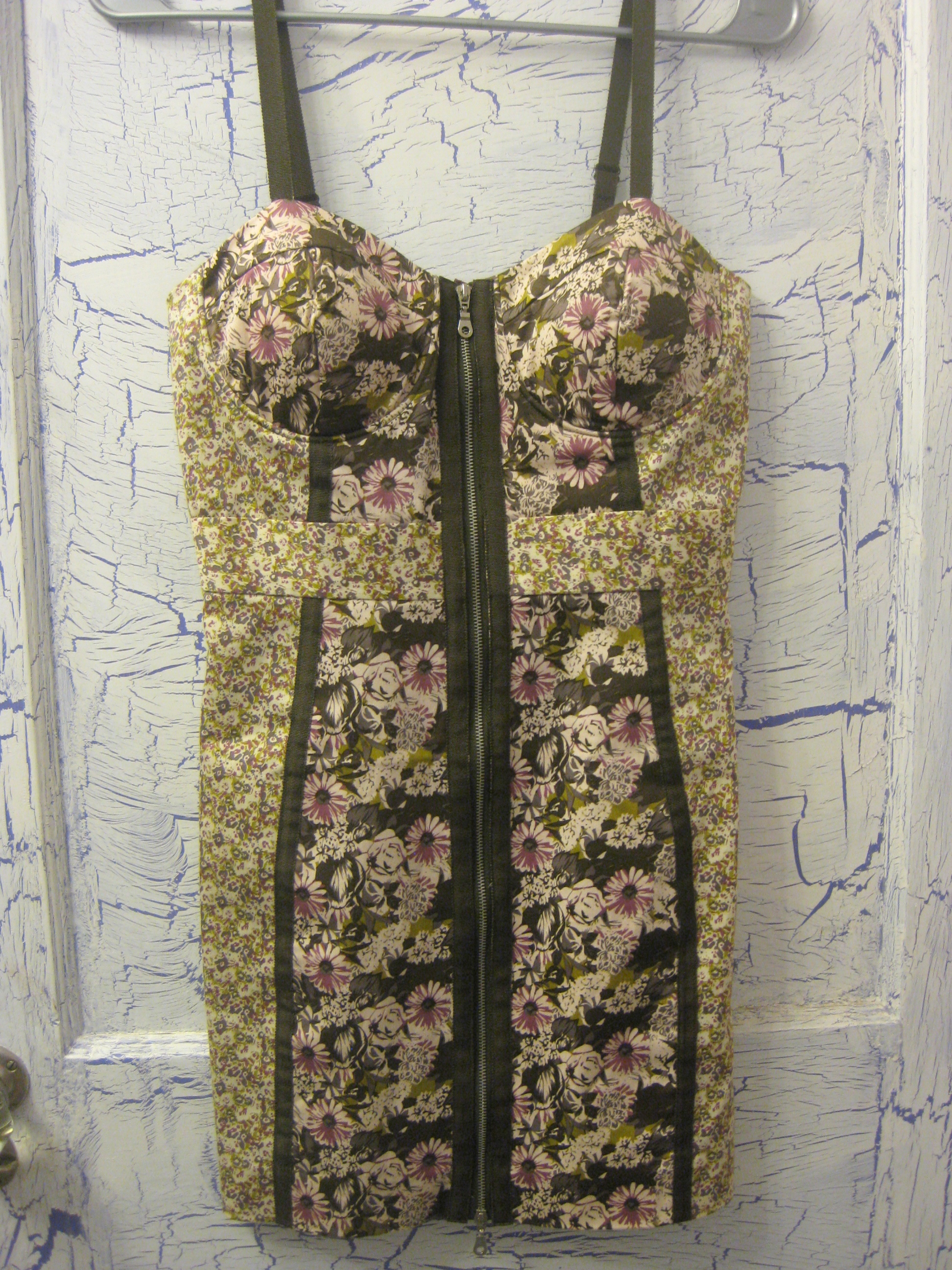Forever 21 cute floral green bustier zip updress size s from nightmere clothing on storenvy