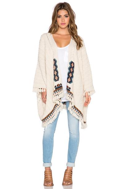 sweater cream