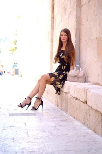 only my fashion style blogger shoes dress bag sandals high heel sandals handbag floral dress