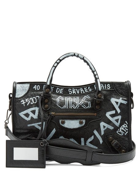 classic bag white black